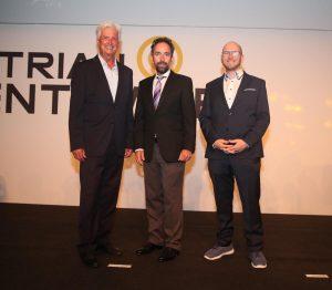 Das Austrian Event Award Leadingteam: v. l. n. r. Walter Ilk (GF Eventwerkstatt), Christoph Berndl, (Owner Austrian Event Award) und Matthias Fierlinger (GF Evdentwerkstatt), Foto: Kristian Bissuti